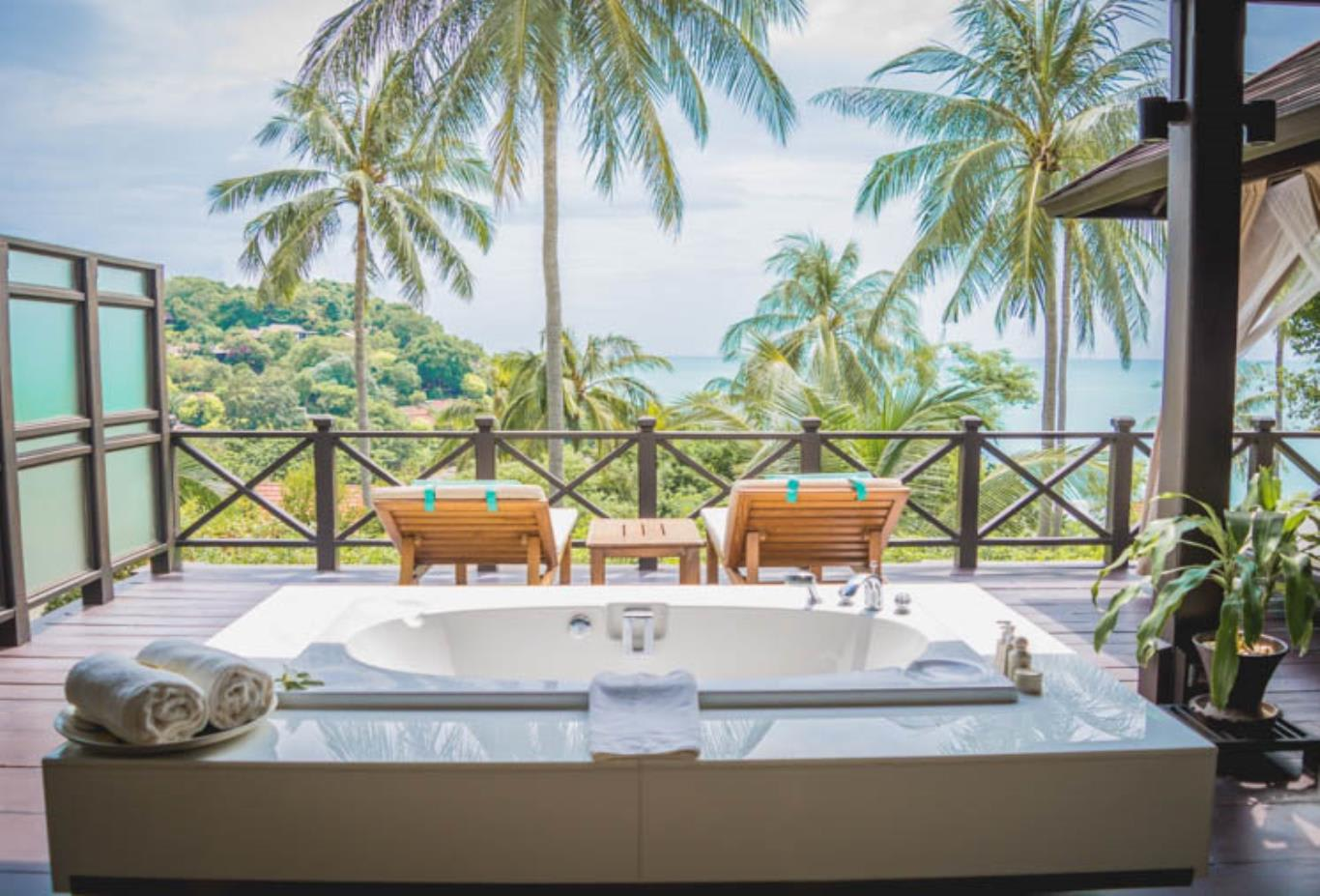 Tongsai Grand Villa bathroom terrace